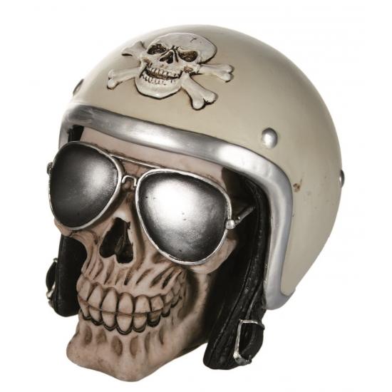 05e5263625fe7f Schedel spaarpot met motorhelm. een polyresin spaarpot van een schedel met  motorhelm en zonnebril.